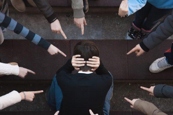 学童保育でいじめが起きる理由4つ|トラブルの対処法5選