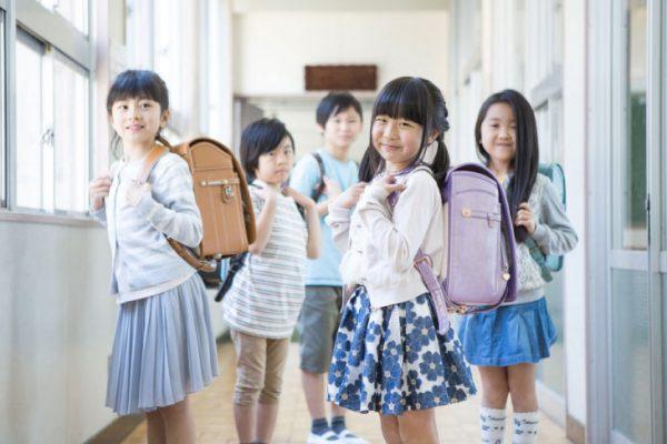 公立学童と民間学童は併用できる?それぞれのメリット・デメリットも